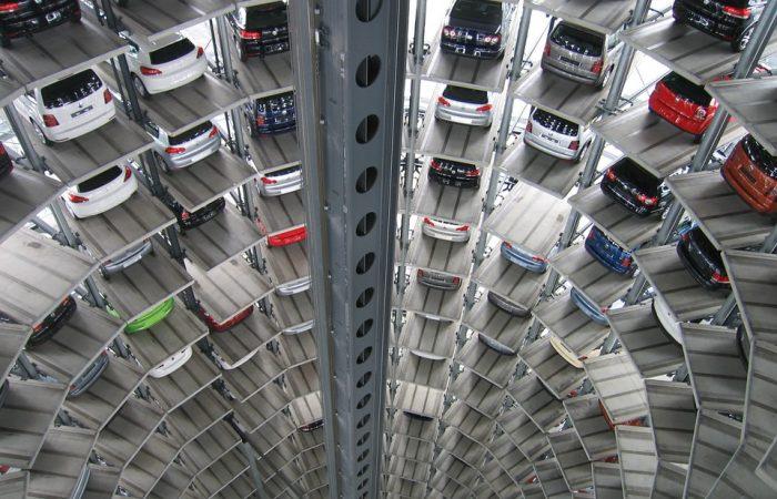 Framtidens bilar i filmvärlden